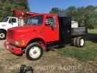2000 International 4700 Service Truck w/ Lincoln Arc Welder