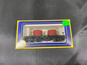 AHM HO Scale Old-time Tank Car in original box