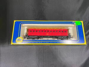 AHM Old-time Coach 6230-D KC and StL HO scale, in original box