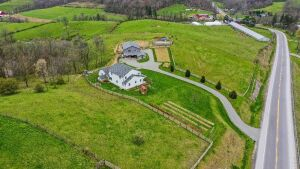 Beautiful Home & Barn on 6.887 Acres