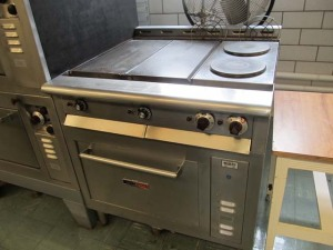 Toastmaster Commercial Stove
