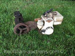 Briggs & Stratton Engine & Older belt driven pump