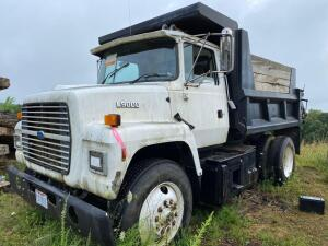 1994 Ford L 9000 dump truck 9 foot bed, shows 6231 miles