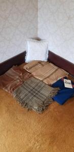 Vintage Throws, blankets and pillow