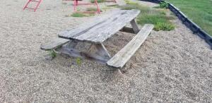 8ft picnic table is warped