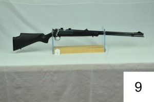 Knight    Disc Extreme    .50 Cal Muzzleloader    SN: 051726    Condition: 85%