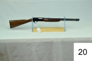 Browning    Bar-22    Cal .22 LR    SN: 09967PY166    Condition: 95%