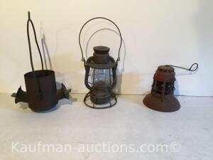 (2) Dietz lanterns & older double sided lamp