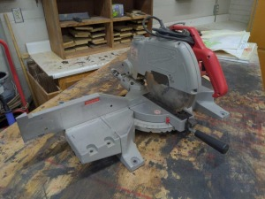 Milwaukee magnum compound miter saw - 10""