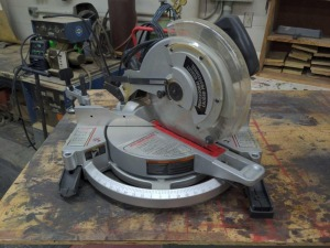 Delta sidekick 12-in compound miter saw
