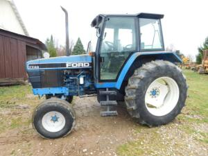 Ford 7740 Tractor 2 wheel drive 3020 hours – everything works
