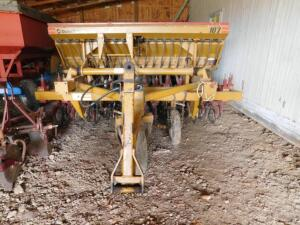 Duratech Haybuster 107 Seed Drill