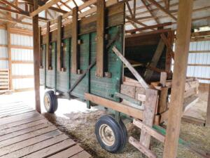 John Deere Forage Wagon converted to Hay Wagon – Heavy Running Gears
